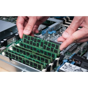 Kingston 16GB DDR4 SDRAM Memory Module - 16 GB - DDR4-2666/PC4-21300 DDR4 SDRAM - 2666 MHz - CL19 - 1.20 V - Non-ECC - Unb
