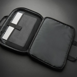 """V7 Professional CCP13-ECO-BLK Carrying Case (Briefcase) for 13"""" to 13.3"""" Notebook - Black - Water Resistant Bottom - 600D"""