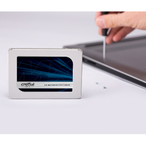 "SSD Crucial MX500 - 2.5"" Interne - 500 Go - SATA (SATA/600) - 560 Mo/s Taux de transfer maximale en lecture - 256 bits Nor"