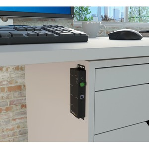 StarTech.com 4 Port Industrial USB 3.0 Hub - Mountable - Rugged USB Hub - Add 4 external,wall mountable USB 3.0 ports from
