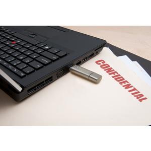 Kingston 8GB DataTraveler Locker+ G3 USB 3.0 Flash Drive - 8 GB - USB 3.0 - 80 MB/s Read Speed - 10 MB/s Write Speed - Sil